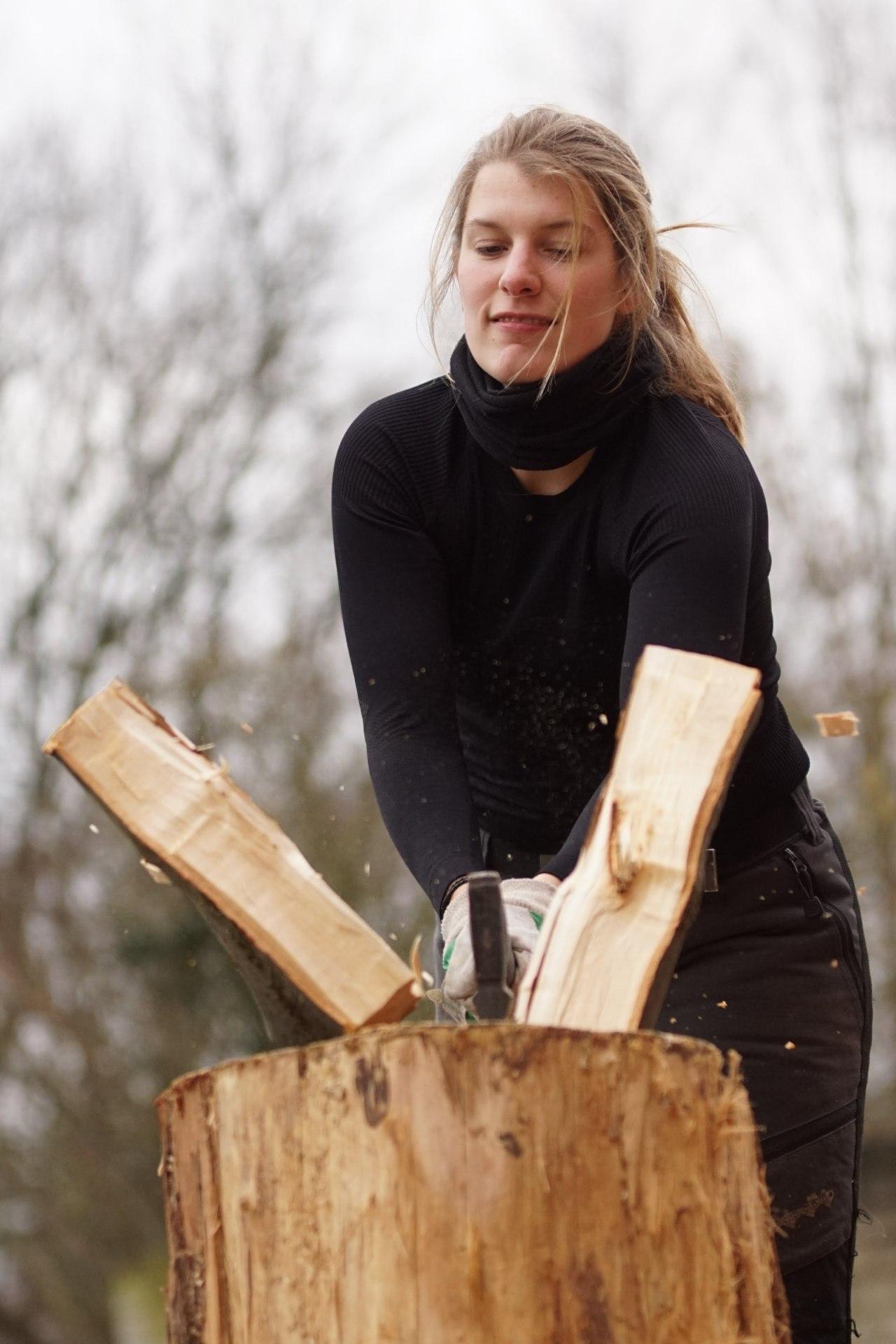 Holz hacken …..